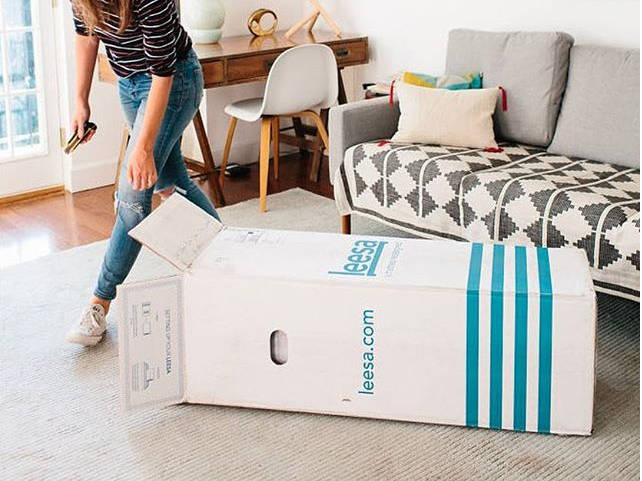 leesa mattress delivery and box review