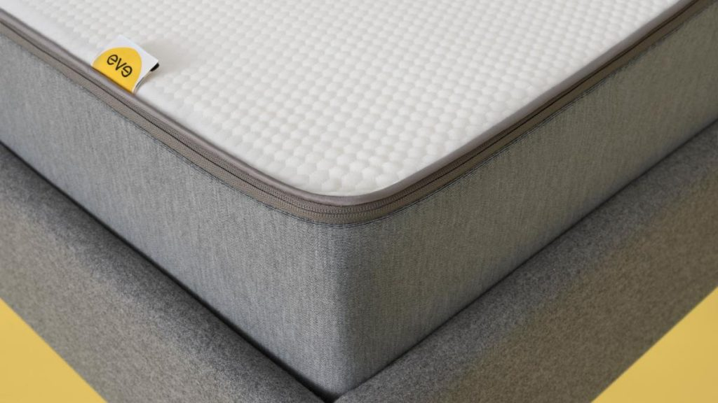 eve hybrid mattress cover review