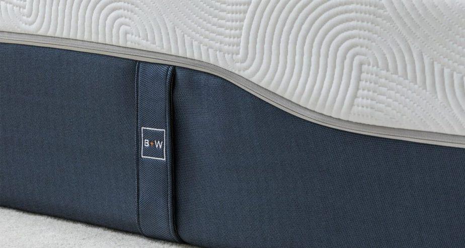 includes mattress handles